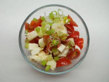 Bylinková zálivka na salát