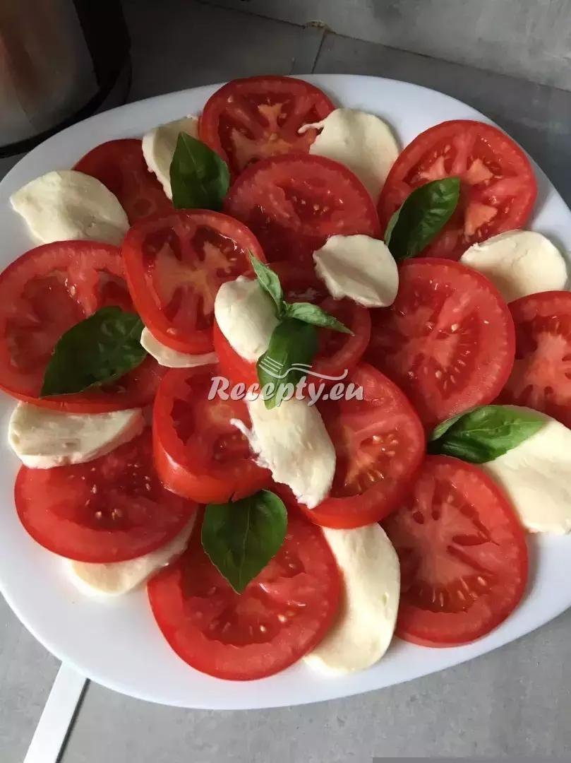 Salát Caprese recept  předkrmy, snídaně