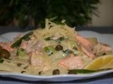 Těstoviny s lososem ve smetaně recept