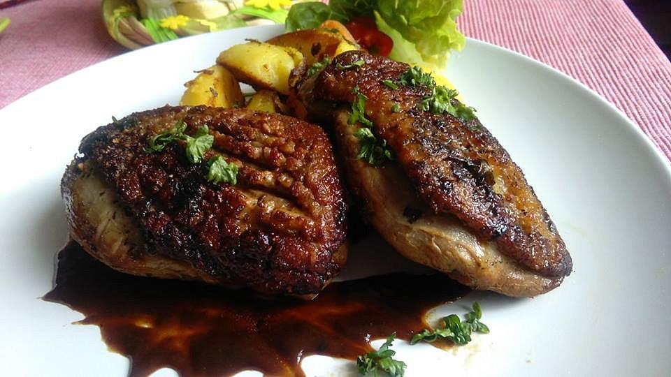 Kachní prsa na pánvi se švestkovou omáčkou recept