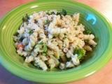 Těstoviny s lososem a brokolicí recept