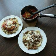 Špagety s rajčatovou omáčkou a masem recept