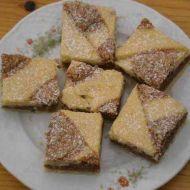 Koláč s ořechovým piškotem recept