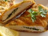 Kuřecí řízky plněné petrželkou, obalené v polentě recept ...