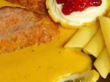 Masová variace se sýrem na zelenině recept