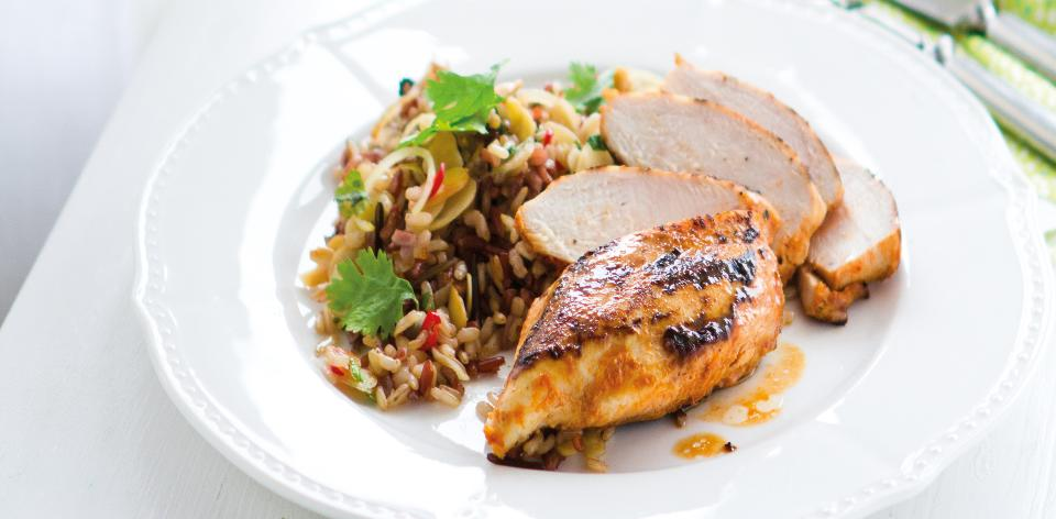 Kuře s mandlovokoriandrovou rýží