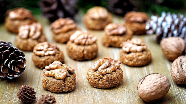 Ořechovky – bezlepkové bulharské cukroví
