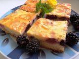 Ostružinový koláč s mandlovými lupínky recept