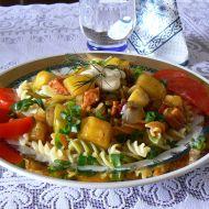 Těstoviny s cuketovou směsí recept