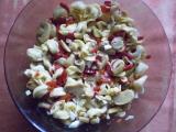 Salát z tortellin s domácí majolkou recept