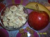 Celerový salát s jablky a banánem recept