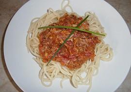 Rajčatová omáčka s tuňákem na špagety recept