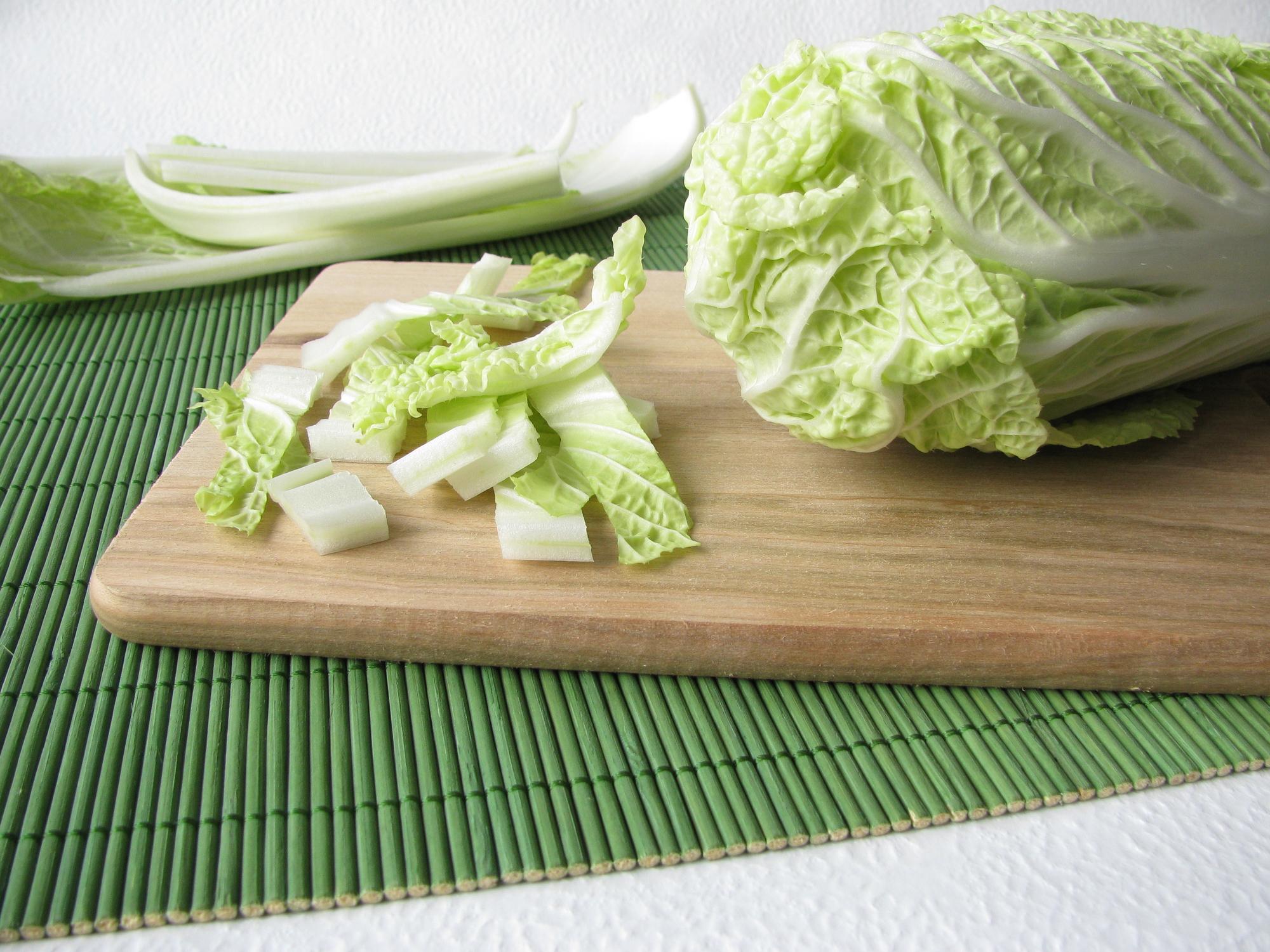 Salát z čínského zelí recept