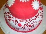 Červenobílý dort pro inspiraci recept