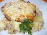 Vepřové maso na bramborách a květáku v římském hrnci recept ...