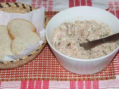 Moravská pomazánka z uzeného masa