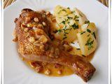 Uzená kuřecí stehna na slanině v papiňáku recept