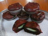 Bezlepkové pudingové muffiny s pistáciovým srdíčkem recept ...