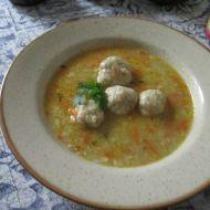 Polévka s kvasnicovými knedlíčky recept