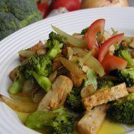 Kuřecí kari s brokolicí recept