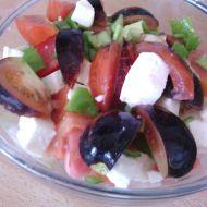Letní salát s rajčaty a mozzarellou recept