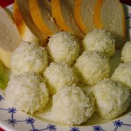 Sýrové kuličky s nivou recept
