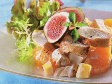 Krůtí salát s ovocem