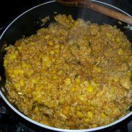 Rýže s kuřecím masem a kukuřicí recept