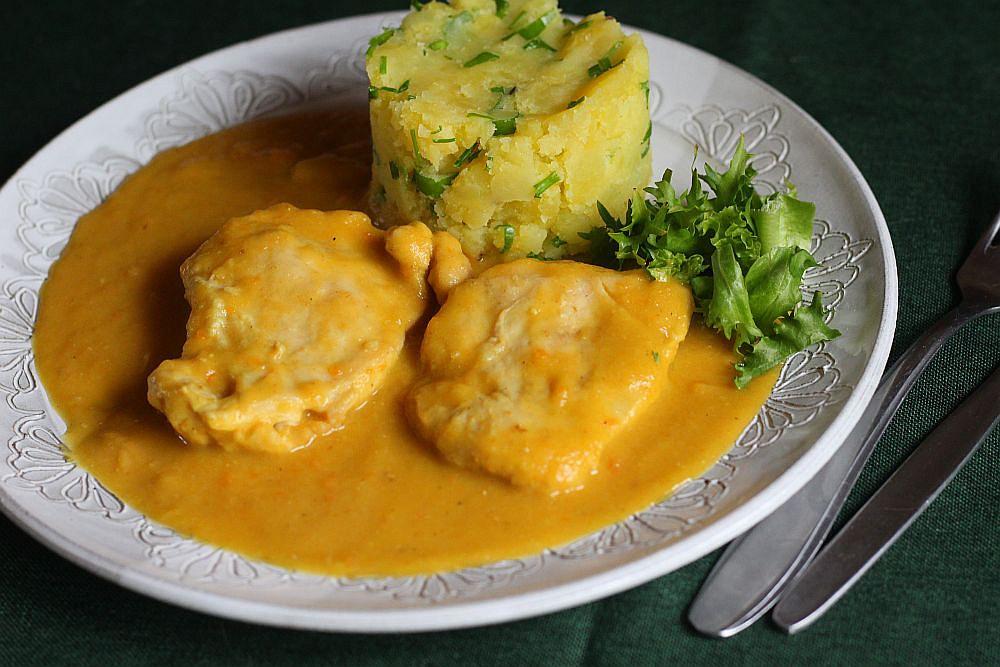 Kuřecí plátky v zeleninové kari omáčce recept
