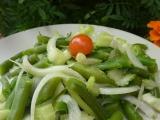 Fazolkový salát s mangoldovými řapíky recept