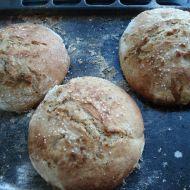 Domácí chléb s bazalkou recept