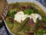 Fazolovo-fazolková polévka s klobáskou recept