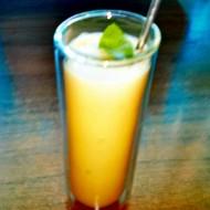 Mangovo-kokosový osvěžující koktejl recept