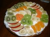Mrkvovo-jogurtový koláč s ovocem recept