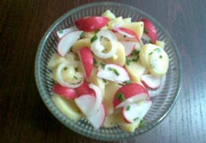 Ředkvičkový salát s bramborem  lehký