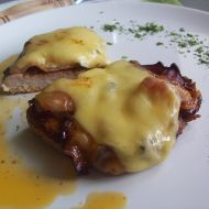 Kuřecí plátek pod slaninou a sýrem recept