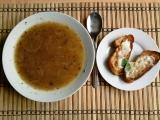 Cibulová polévka s bagetou recept