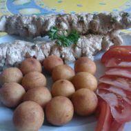 Kuřecí kebab s jogurtovo-citronovou omáčkou recept