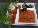 Červené pesto ze sušených rajčat recept