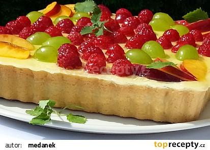 Lahodný linecký ovocný koláč s krémem recept