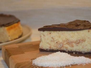 Kokosový cheesecake s čokoládovým ganache