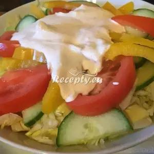 Osvěžující letní zeleninový salát recept  saláty