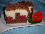 Kakaový koláč s pudinkem a malinami recept