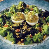 Brokolicový salát s vejcem recept