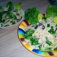Těstovinový salát s tuňákem a olivami recept