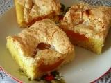 Meruňkové řezy s kokosovou peřinou recept