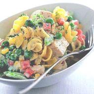 Těstovinový salát se zeleninou a šunkou recept