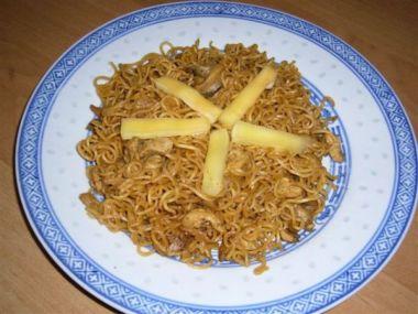 Recept Pikantní čínské nudle s mletým masem