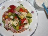 Nedělní salát Všehochuť recept