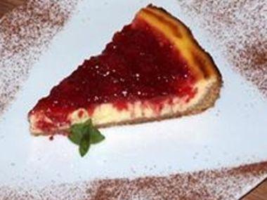 Jahodový cheesecake ze sušenek